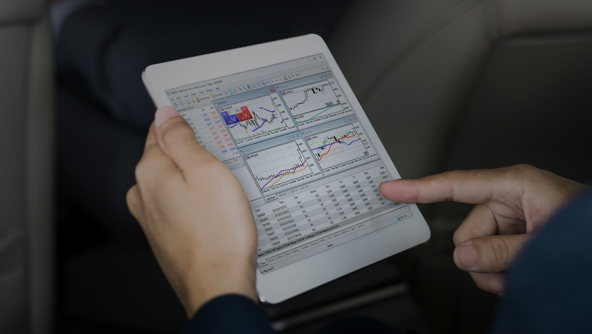 business_mt5_car_header.jpg